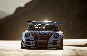 Pikes Peak 997 GT2 Cup 04 thumb